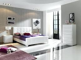White Gloss And Wood Bedroom Furniture White High Gloss Bedroom ...