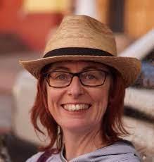 Deborah Middleton — University of Huddersfield Research Portal