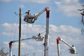 electrical power line installers and repairers the 15 most dangerous jobs in america sfchronicle com