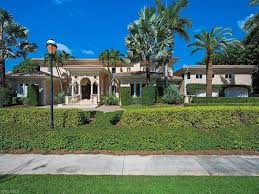 Single Family Home for Sale at PELICAN BAY 377 Cromwell Court, Naples,  Florida 34108