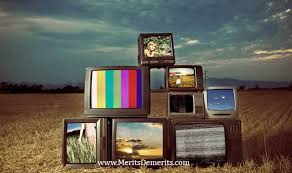 advantages and disadvantages of watching television tv essay advantages and disadvantages of watching television