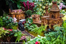 holiday train show new york botanical garden leica