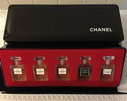 chanel 5 gift set. vintage chanel fragrance wardrobe gift set featuring chanel no. 5, 19, 5