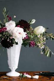 Flower Decoration Design 100 Steps To Creating A Professional Flower Arrangement The Everygirl 65