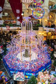 Mosca russia 6 gennaio: decorazioni natalizie fiera di natale