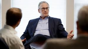 PG&E names Bill Johnson as CEO and overhauls its board - Los Angeles Times