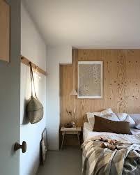 Wandverkleidung Aus Holz Fürs Ein Warmes Gemütliches Schlafzimmer