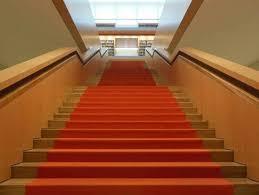 Eine treppenverkleidung wird beispielsweise zur treppenrenovierung oder bei rohbetontreppen notwendig. Stufenbelage Treppen Treppenelemente Baunetz Wissen