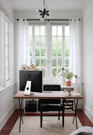 Image Interior Do Not Miss The Sunshine This Season Just Because You Have Small Room Following Small Sunroom Ideas That Will Inspire And Set Angle The Sun Start Your Homemydesigncom 20 Small And Cozy Sunroom Design Ideas Home Design And Interior