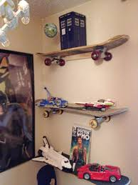 DIY Upcycled Skateboard Shelves