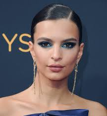 2016 red carpet makeup hair looks in one place emily ratajkowski