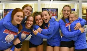 decorahsports.com - Decorah sports NOW! Decorah, Iowa | Seven Decorah  Viking senior volleyball players go out in style at their last home game