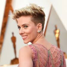 Short Hair Style Photos scarlett johanssons hair and makeup at the 2017 oscars popsugar 3967 by stevesalt.us