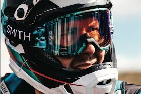 Bell Super Dh 2 In 1 Helmet Dh Certified With Removable