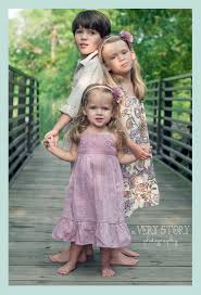 Best 20 Sibling Photography Poses ideas on Pinterest Sibling.