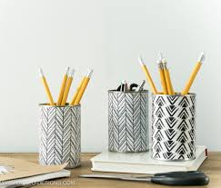 Black and white cute pencil holder from tin can/ Grillo Designs www.grillo-