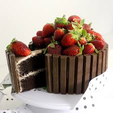 Chocolate Kit Kat Cake Recipe