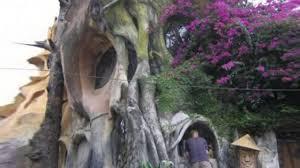 Hang Nga \u201cCrazy House\u201d is a creepy fairy tale treehouse in Vietnam ...
