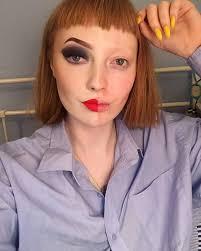 Pro pretty faced teen
