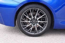 2016 Cadillac ATS-V Coupe vs. 2015 Lexus RC F - AutoGuide.com News