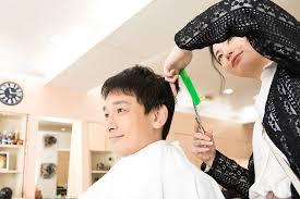 薄毛を隠したいなら坊主スタイル 坊主が似合う輪郭と刈り方のポイント