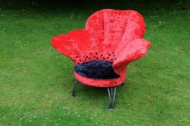 Add a dash of nature to your home with Flower sculpture chairs