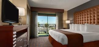 tour stylish office los. Embassy Suites Los Angeles - International Airport/South, CA -Deluxe King Tour Stylish Office