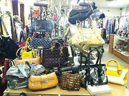 8450 w sahara ave las vegas nv 89117 702 998 0276 high end or mainstream high end what you ll find inside designers from nordstrom