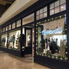 madewell s associate interview questions glassdoor madewell photo of store entrance madewell photo of madewell