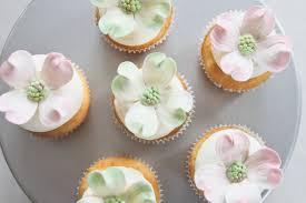 Diy Virginia Dogwood Bridal Shower Cupcakes United With Love