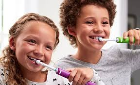 How to Take Care of Your Child's Teeth: Age <b>6</b>-12 | Oral-B