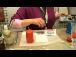 Decoupage con carta di riso su candela e decorazioni con strisce