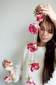 White Paper Flower Garland Diy Crafts Ideas Diy Flower Garland Love The Pink And White