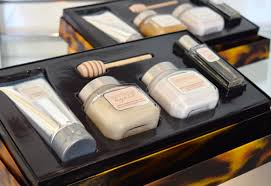 even before getting the chance to sit down my laura mercier wish list had grown by about a dozen items the most beautiful makeup sets and kits were laid