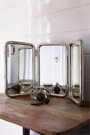 The Classic Barber Mirror L
