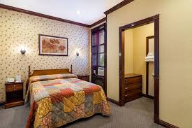 hotel 17 new york double bed