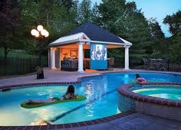 Love this open air pool house. I need mine to be able to be closed