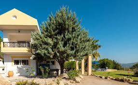 Villa Irene in Kalathos, Rhodes, sleeps 6 people in 3 bedrooms