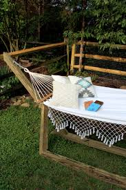 sweet splendor diy summer hammock