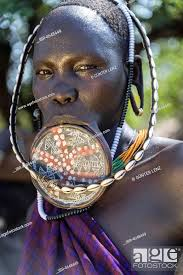 woman with lip plate from the mursi