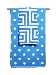 Decorative Hand Towels For Powder Room A Basic Guide To Bath Towels Hgtv