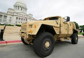 Military replacing Humvees with Oshkosh Defense - Joint Light ...