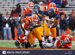 Bowling Green running back Chris Bullock (33) is tackled by Toledo's Stock  Photo - Alamy