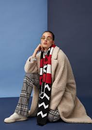 The latest Winter collection 2019 in JOLIE magazine - photographed by  Muriel LIEBMANN c/o FREDA+WOLF, styling: Alina Masoomi, make-up Carolin  Jarchow c/o Nina Klein - News - GoSee