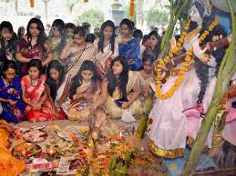 It is believed by many that goddess saraswati, the deity of wisdom, art. When Is Saraswati Puja In The Year 2020 Know The Date And Time Of Vasant Panchami This Year Inext Live