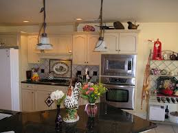 For Kitchen Themes Country Kitchen Decor Black Counter Top Of Country Kitchen Ideas