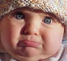 صور اطفال حزينة جدا تتأثر بها المشاعر