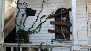 building stage style decks haunted house facade