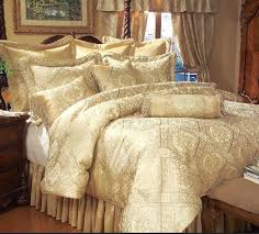 metallic gold bedding image of fabric and white metallic gold bedding