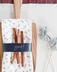 diy leather napkin rings sakura pentouch paint pens